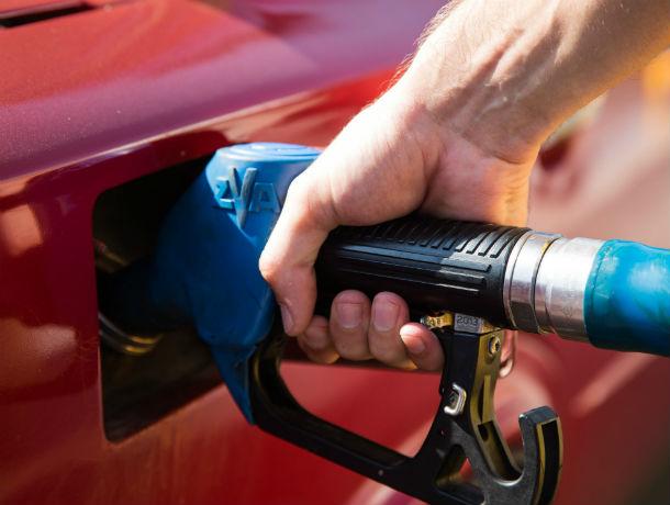 Ростовская область вошла в пятерку регионов с самым дорогим бензином в ЮФО
