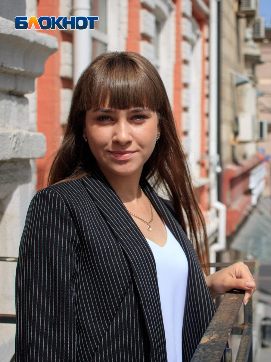 «Для меня здесь все – конкурентки»: участница «Мисс Блокнот Ростов-2019» Алина Попович