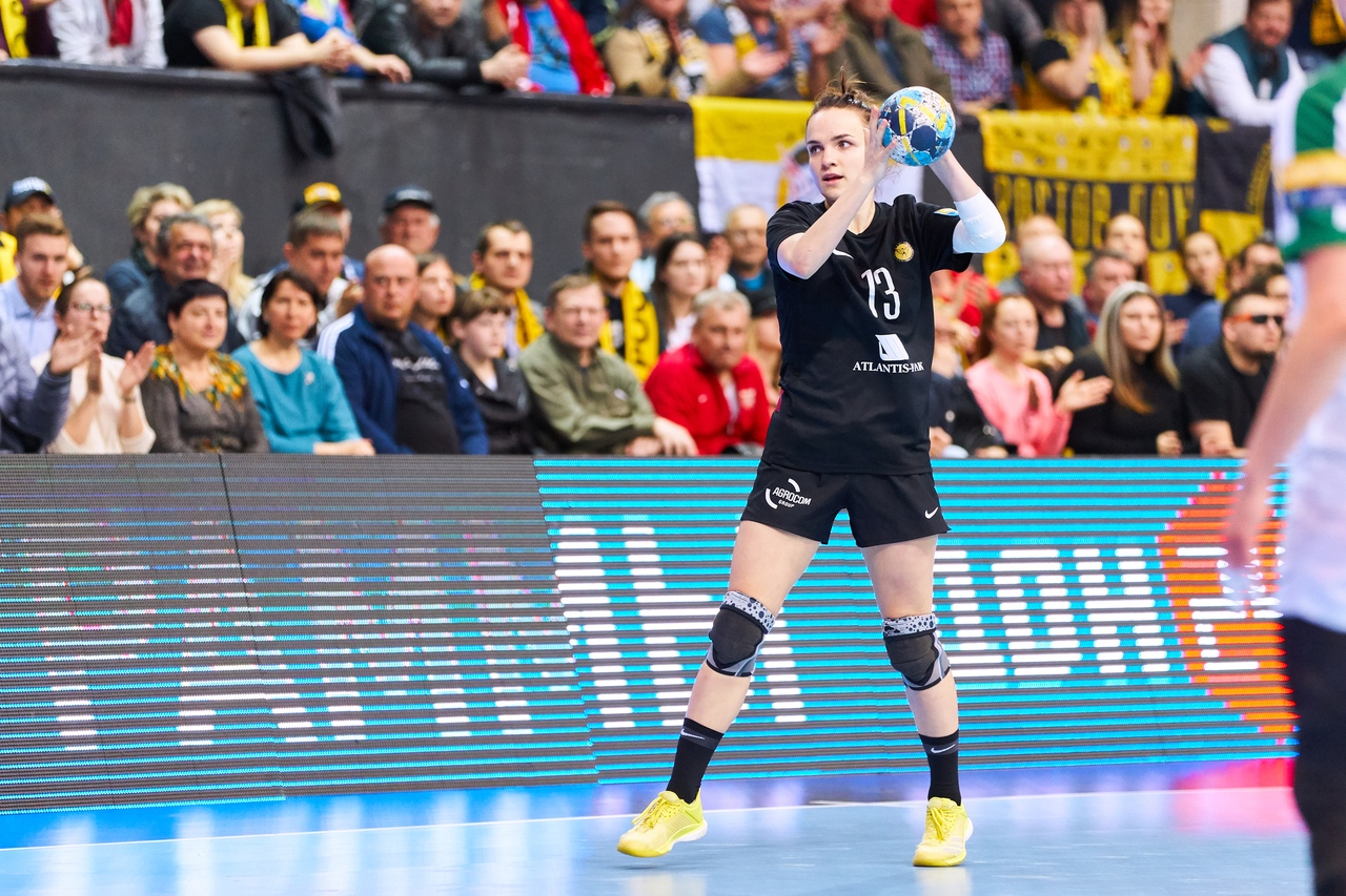 Ростовская гандболистка Анна Вяхирева признана лучшей правой полусредней Лиги чемпионов