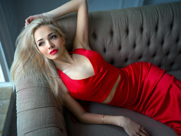 «Я – достойна победы!»: участница конкурса «Мисс Блокнот Ростов-2019» Александра Канаева
