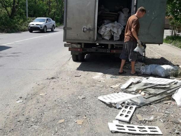 ВРостове прошел рейд против тех, кто оставляет строительный мусор нетам, где нужно