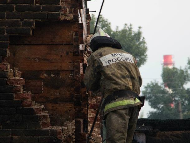 Во время пожара в Ростовской области погиб человек