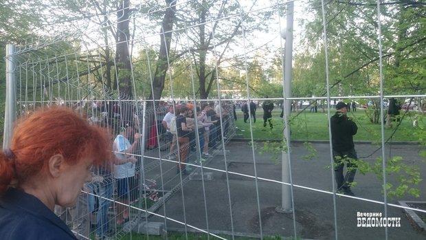 Мэр Екатеринбурга заявил о приостановке строительства храма