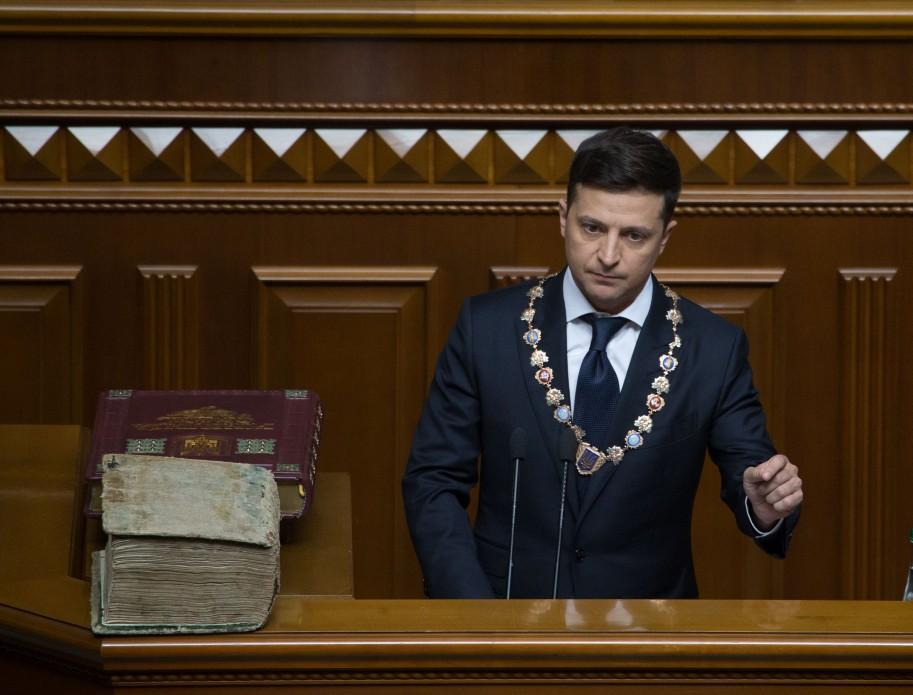 Зеленский вынесет на референдум вопрос о формате переговоров с Россией
