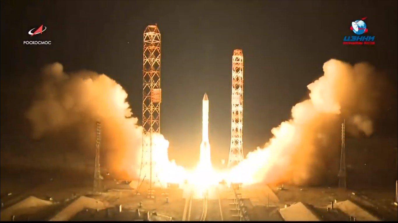 С Байконура запустили ракету с самым мощным российским спутником связи