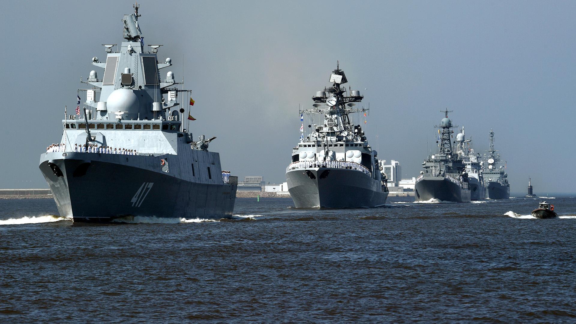 Главой ВМФ России стал Николай        Евменов
