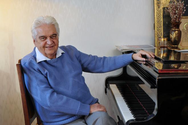 Скончался композитор           Евгений Крылатов