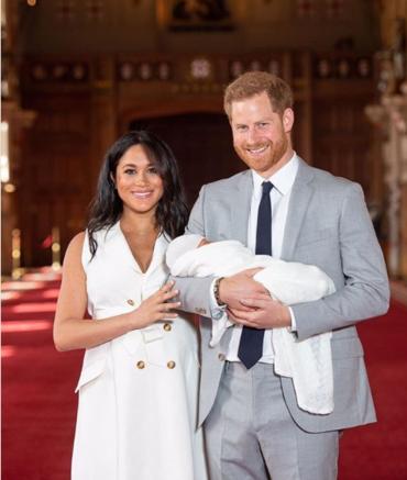 Принц Гарри и Меган Маркл показали своего новорожденного сына
