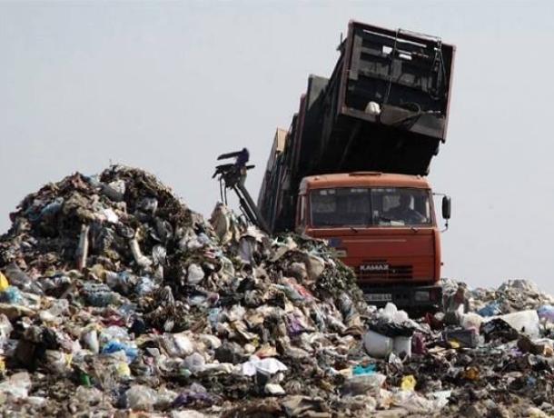 Администрацию Таганрога обыскивали по делу о мусоре, завалившем город