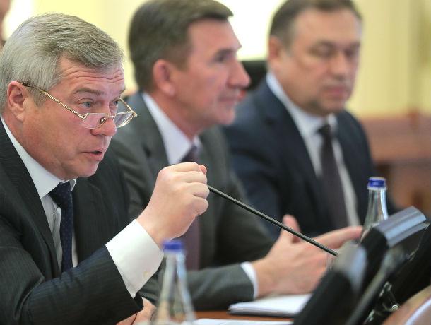 Самым богатым замом Голубева оказался уволенный несколько дней назад Юрий Молодченко