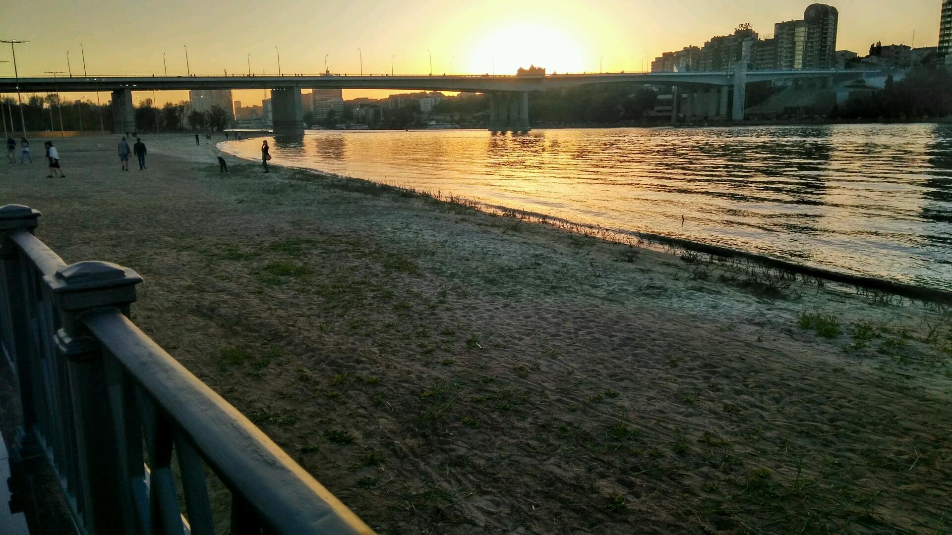Налевом берегу Дона вРостове разрешили купаться