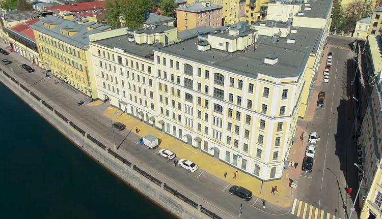 «12 друзей Собянина»: ФБК рассказал о доме в центре Москвы, который вместо очередников заселили сотрудники мэрии и другие чиновники