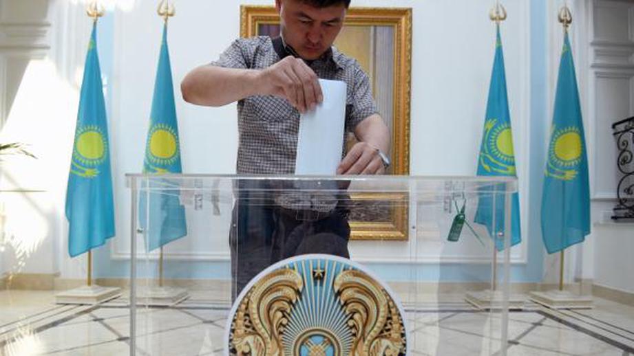 В Казахстане задержали участников акции протеста против выборов президента